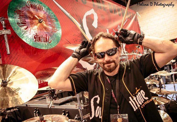 Nick Menza, ex baterista de Megadeth, falleció a causa de un infarto durante una presentación, en los Angeles, EU. (Facebook Nick Menza )