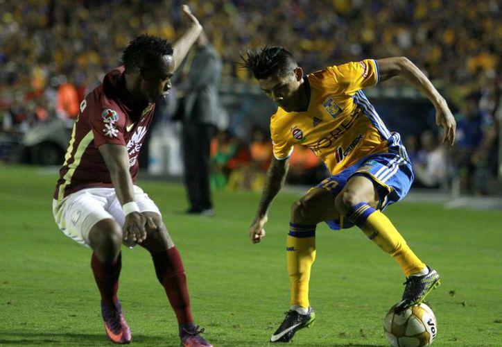 América trató de llevarse el título de Liga MX, pero sucumbió como visitante ante Tigres de UANL esta noche. (Notimex)