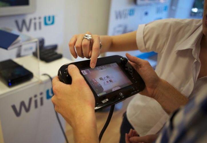 Las ventas de equipos, incluyendo el Wii U, cayeron 13%. (ecetia.com)