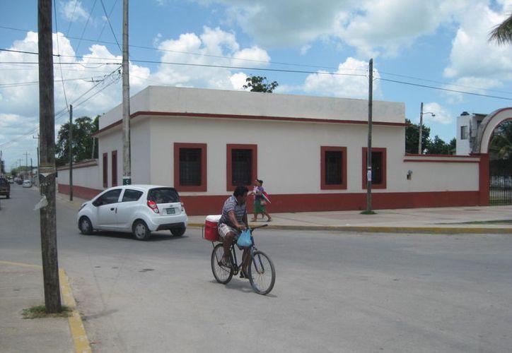 La aplicación del reglamento es porque el transito en el primer cuadro de la ciudad se ha intensificado por turistas y locales. (Javier Ortiz/SIPSE)