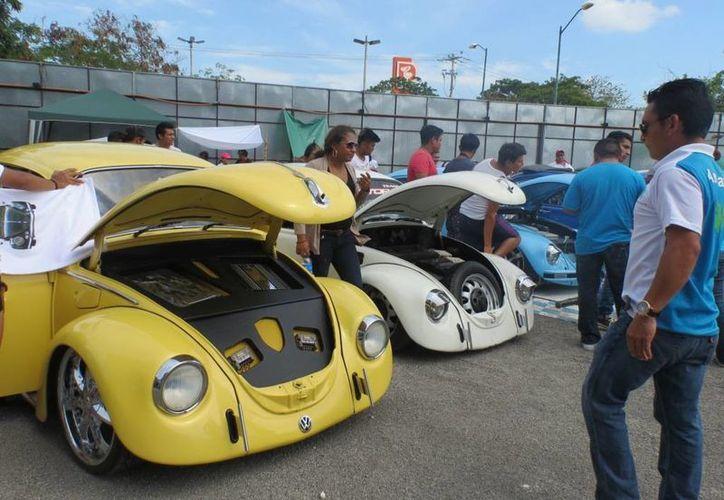 El Bass Land Volks, club afiliado a la Asociación Vochera del Sureste Mexicano (Avsm), organiza anualmente un evento con causa. (Consuelo Javier/SIPSE)
