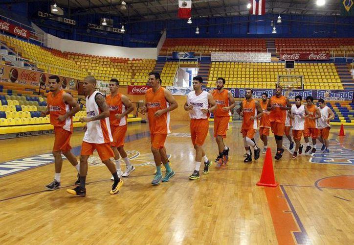 Los Pioneros de Quintana Roo, buscarán defender su camino de juegos invictos como local en los siguientes partidos. (Redacción/SIPSE)