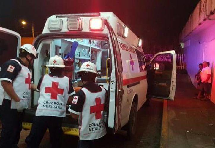 El reporte de una mujer herida de bala activó el Código Rojo esta noche en Cancún. (Contexto)