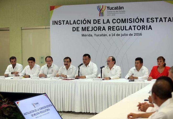 El mandatario estatal presidió la instalación de la Comisión de Mejora Regulatoria en Yucatán. (Milenio Novedades)