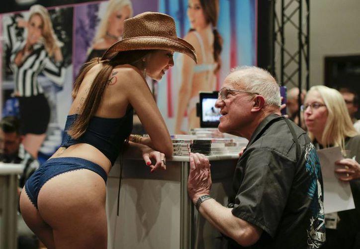 La nueva ley del condón de Los Angeles y las oportunidades en Nevada para la industria del sexo se discutieron en la Expo del Entretenimiento para Adultos. (Agencias)
