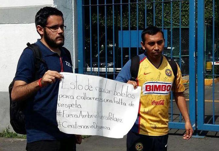 Los aficionados del América no se dieron cita a la manifestación programada a través de las redes sociales.(Foto tomada de Mediotiempo)