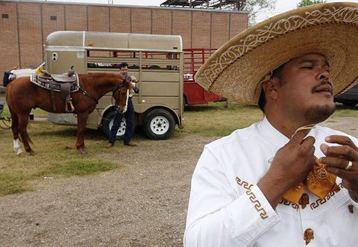 Una encuesta reveló la manera en cómo los latinos se definen en EU. Imagen de contexto. (Archivo/Reuters)