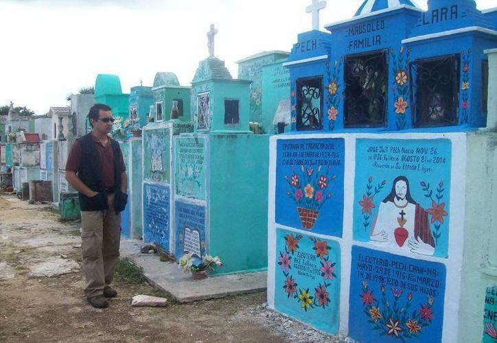 Los relatos sobre el cementerio pasaron a segundo plano en Seyé, pues todos hablaban sobre mi detención. (Jorge Moreno/SIPSE)