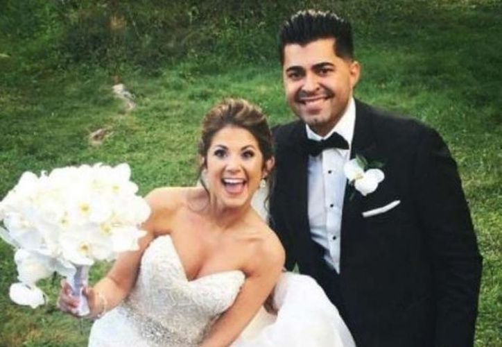 La pareja se enteró que habían nacido el mismo día a poco tiempo de conocerse. (AP).