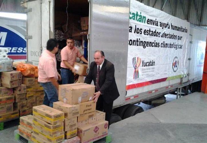 El centro de acopio en Yucatán continúa abierto las 24 horas del día. (SIPSE)