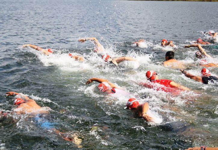 Al menos 300 triatletas atravesarán la selva en seis kilómetros. (Octavio Martínez/ SIPSE)