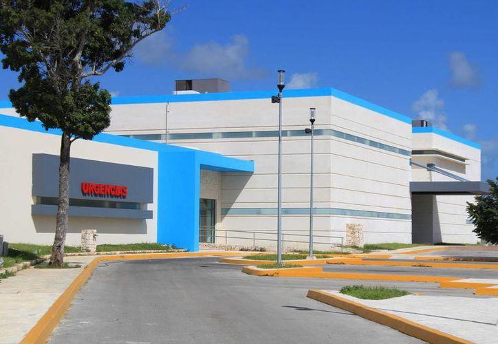 Para el nuevo hospital se contemplan en la primera etapa 300 plazas, para reforzar las necesidades en las instalaciones. (Luis Soto/SIPSE)