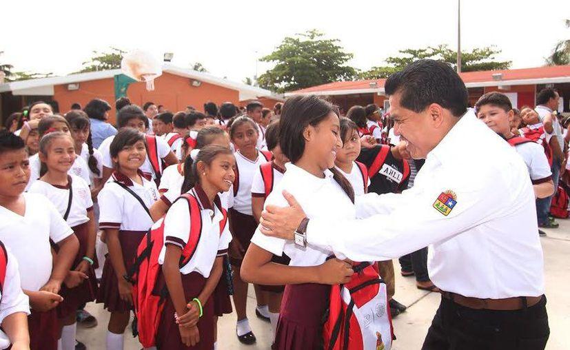 Los alumnos concluyen hoy este periodo estudiantil en Tulum. (Redacción/SIPSE)