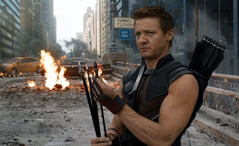 El  actor, que además está por protagonizar la próxima película de Bourne, se mostró con dos vendas en los brazos. (Foto: Contexto/Internet)