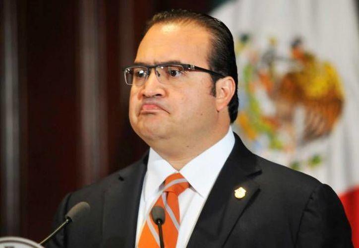 Javier Duarte solicitó al jefe de Gobierno del DF, Miguel Ángel Mancera, rendir su declaración en calidad de testigo tras las acusaciones que lo implican en el multihomicidio. (Archivo proceso.gob.mx)