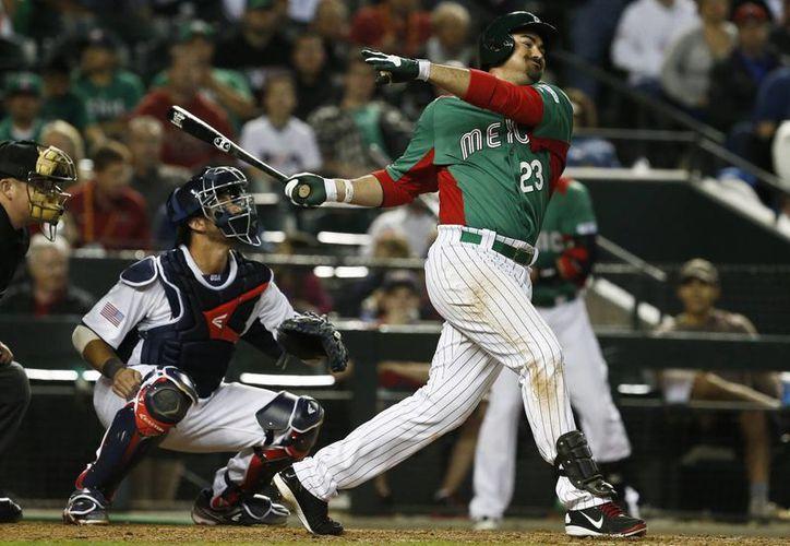 Adrián González fue la figura a la ofensiva mexicana. (Agencias)