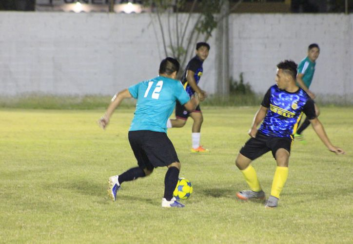 Se llevaron a cabo las actividades correspondientes a la jornada 12 del menor de los circuitos de esta Liga de Fútbol de la capital. (Miguel Maldonado/SIPSE)