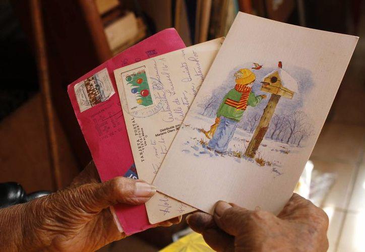 Los lugares a donde más se envían cartas son a Estados Unidos, Argentina, España y Canadá. (Tomás Álvarez/SIPSE)