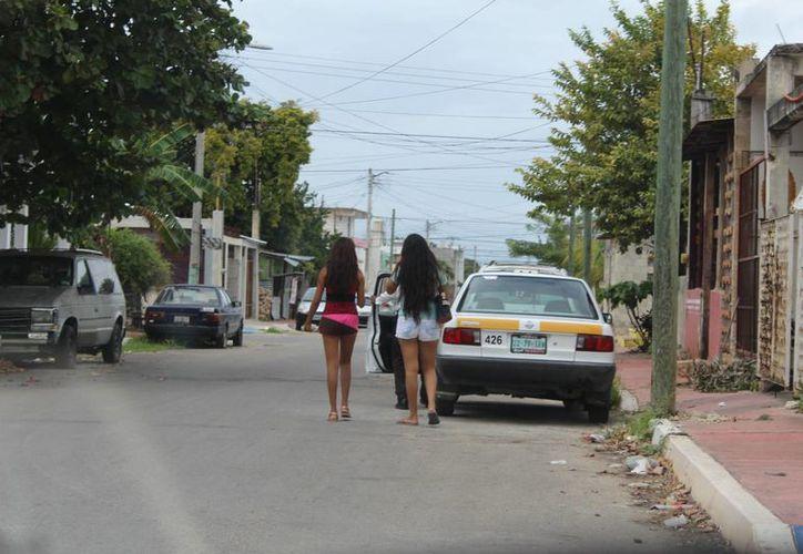 La trata de personas tiene diversas modalidades, aunque la más preocupante es la explotación sexual. (Eddy Bonilla/ SIPSE)