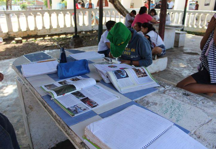 El programa tiene como fin involucrar el desarrollo de una cultura lectora a través de actividades culturales. (Joel Zamora/SIPSE)