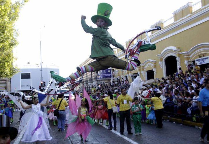 Por primera vez en 40 años, el Carnaval de Mérida 2014 se realizarán fuera del centro y Paseo de Montejo. (Milenio Novedades)