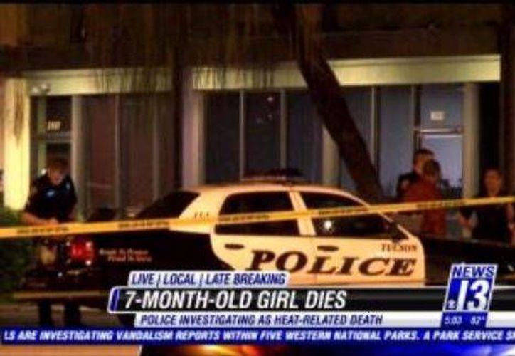 El padre llamó inmediatamente a los servicios de emergencia cuando notó que su hija estaba inconsciente en el vehículo. (tucsonnewsnow.com)