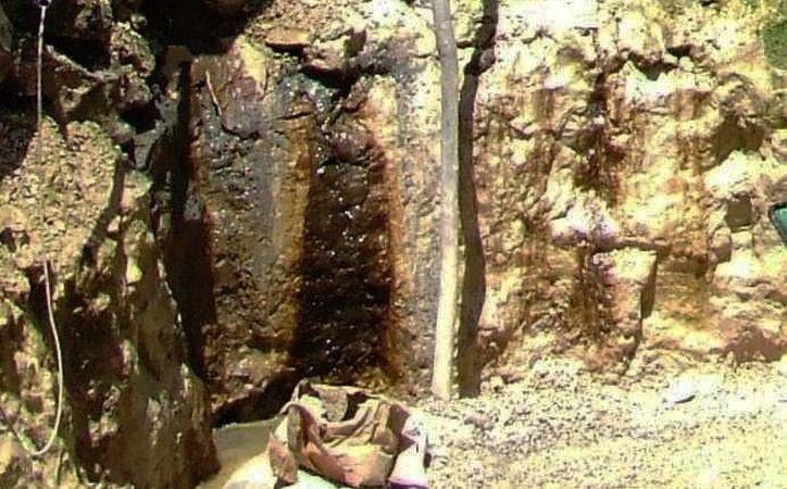 Paredes de cuevas y cenotes tienen impregnadas heces fecales. (Rossy López/SIPSE)
