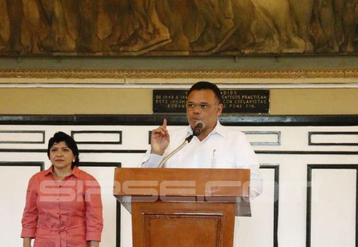 El Gobernador de Yucatán emitió su mensaje desde Palacio de Gobierno. (José Acosta/ SIPSE)