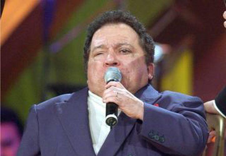 El bolerista brasileño Nelson Ned muere a los 66 años víctima de una neumonía. (EFE)