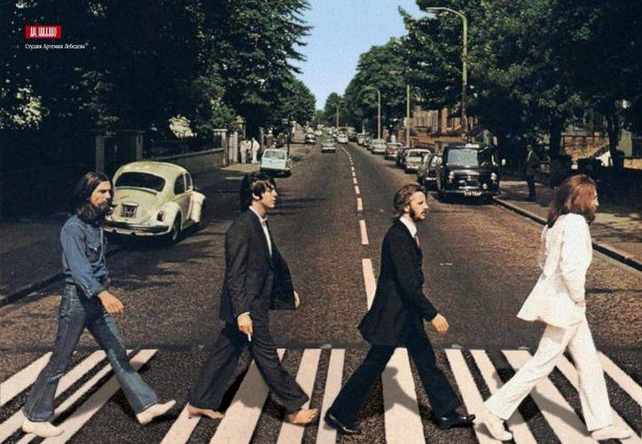 """Por sus 13 álbumes de The Beatles, como """"Sgt. Pepper´s Lonely Hearts Band"""", """"Abbey Road"""" y """"Revolver"""" serán reconocidos con Disco de Platino. (Internet)"""