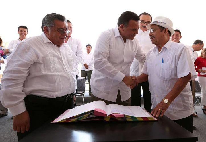 El gobernador Rolando Zapata estará  este sábado en Celestún para presidir dos eventos. (SIPSE)