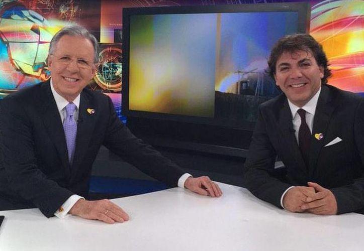 Cristian Castro fue entrevistado por Joaquín López Dóriga en el noticiero estelar de Televisa. (@lopezdoriga)