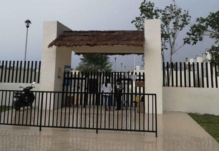 Las escuelas se ubican, una primaria en Villas del Sol y otra en Real Ibiza. (Octavio Martínez/SIPSE)