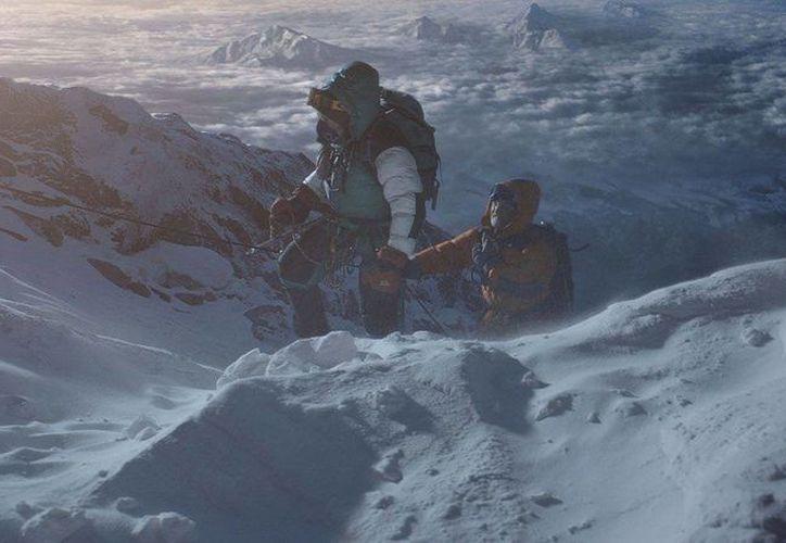El filme Everest, al que no le fue nada bien en el Festival de cine de Venecia, fue el que más recaudó el pasado fin de semana en la taquilla en las salas de cine de México. (vox.com)