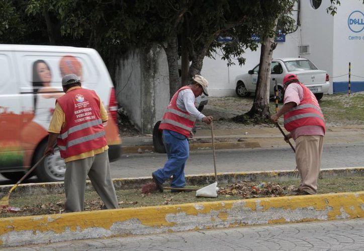 Reglamento dará certeza a los trabajadores municipales. (Tomás Álvarez/SIPSE)