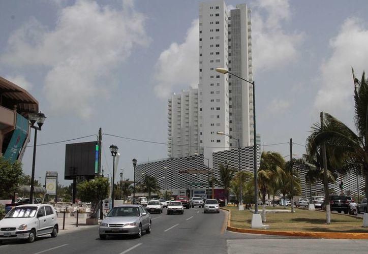 Aseguran dotar de todos los servicios a la zona hotelera. (Tomás Álvarez/SIPSE)