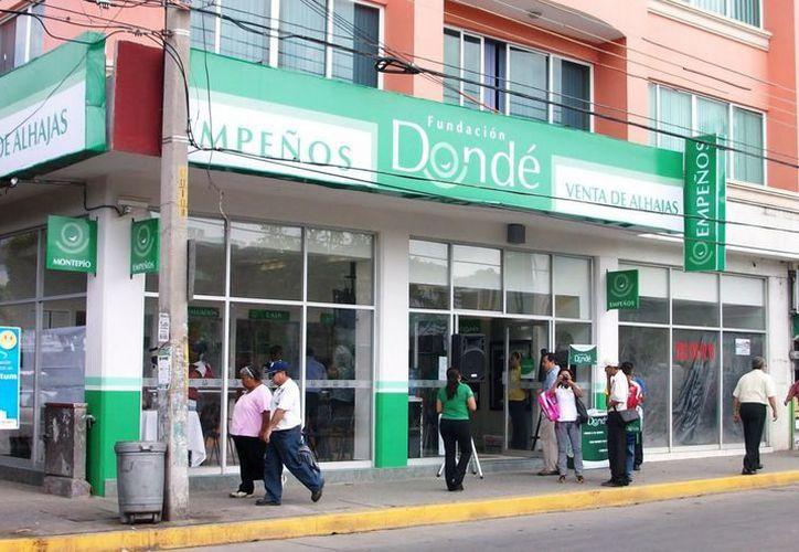Los clientes de la Fundación Dondé podrán recibir y disponer de recursos del préstamo garantizado con prenda mediante la tarjeta Mano Mastercard. (blogspot.mx)