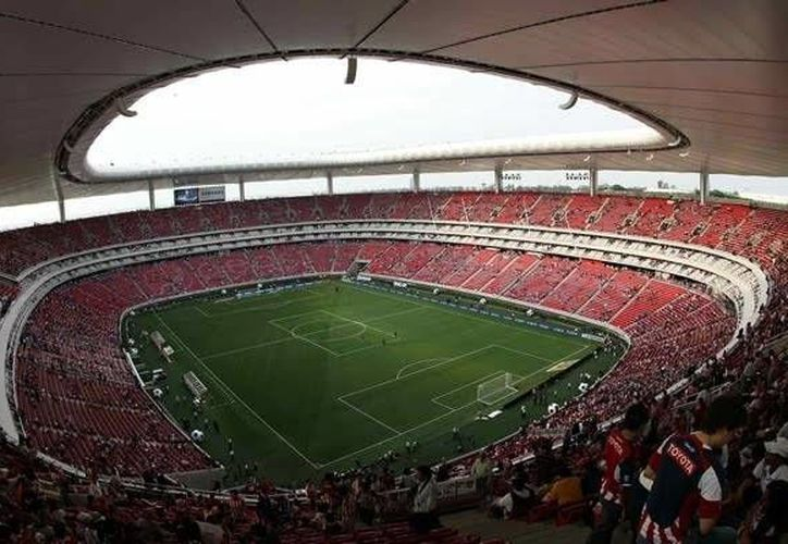 El estadio Omnilife ha visto al América ganar más veces a Chivas y anotarles más goles que al revés. (vavel.com)