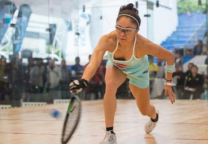 La raquetbolista Paola Longoria conquistó su título 79 tras a derrotar a la canadiense Frédérique Lambert.(Archivo/SIPSE)
