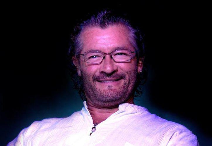 Hirán Gómez se presentó la noche de Cancún. (Contexto/Internet)
