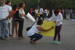 Caos vial por protesta de vecinos en Caucel