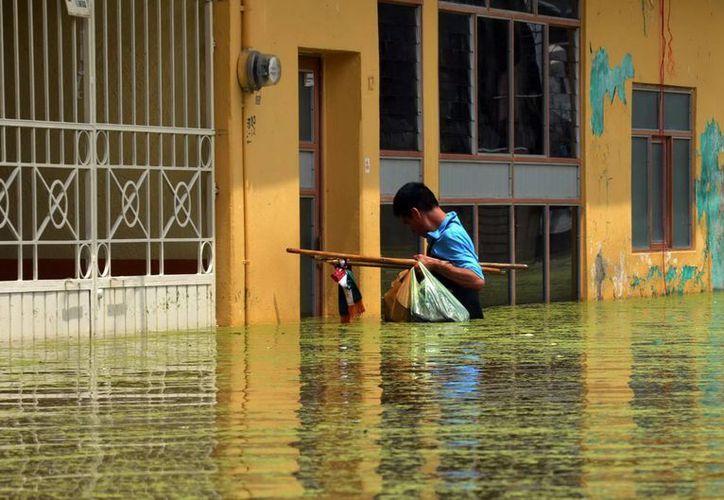 Ramírez Marín indicó que se ha establecido la integración de un programa de prevención de zonas de riesgo no susceptibles de asentamientos humanos. (Archivo Notimex)