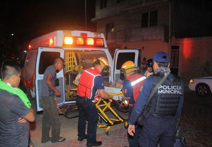 El hombre fue llevado al Hospital General, pues las heridas en sus manos eran profundas. (Redacción/SIPSE)