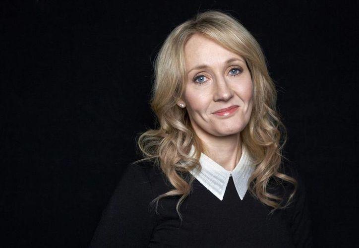 """J.K. Rowling """"revelará pensamientos en primera persona"""" sobre Dolores Umbridge. (AP)"""