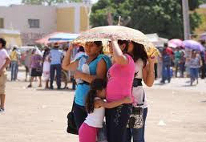 Se pronostican temperaturas de 30.0 a 34.0 grados Celsius en Yucatán y Quintana Roo. (SIPSE)