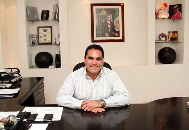 Jesús Vidal Peniche, delegado en Yucatán de la Comisión Nacional para el Desarrollo de los Pueblos Indígenas, habló sobre los indígenas mayas liberados durante el 2015. (Milenio Novedades)