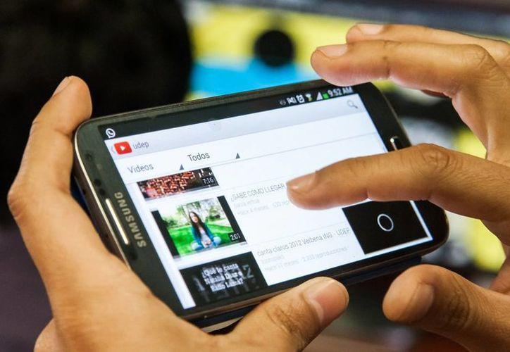 Adicciones y consumismo son las consecuencias del abuso de las nuevas tecnologías de la información. (SIPSE)