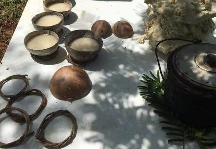 En el 'Bó-Kebán' se preparaban alimentos como el atole utilizando el agua con el que se lavaban 'los pecados' de los difuntos. (Archivo/ SIPSE)