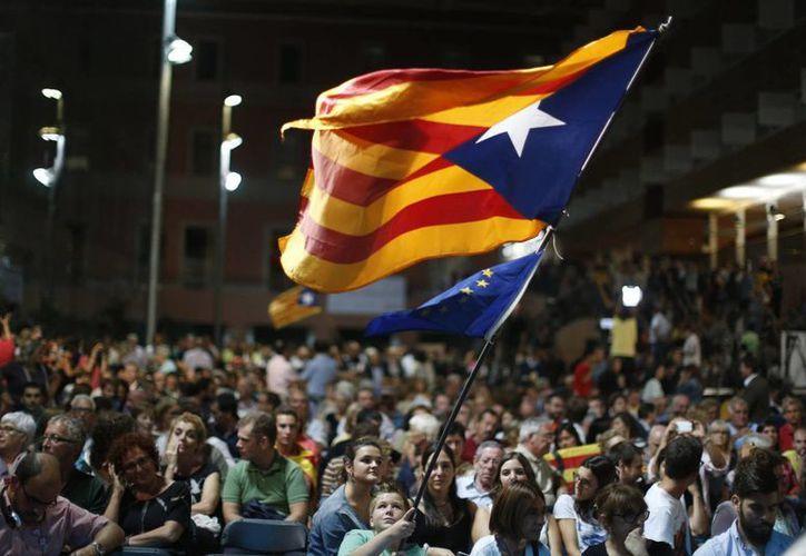 Este 27 de septiembre habrá elecciones en Cataluña. Serán decisivas para saber si se mantienen o no unidas al resto de España. (Archivo/AP)