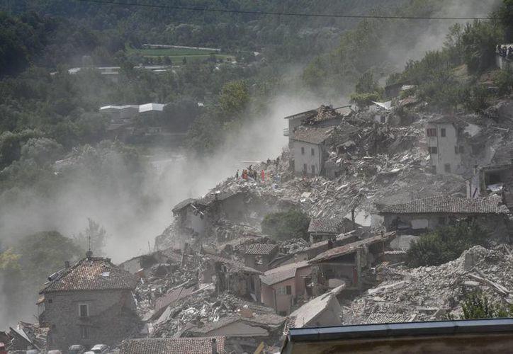 Vista de los destrozos causados por el terremoto en la localidad de Arquata del Tronto, en la provincia de Ascoli Piceno, región de Marche, en el centro de Italia. (EFE)